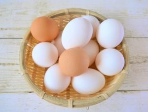タイ語の色、卵の殻の薄いだいだい色